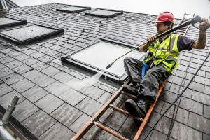 roof-cleaning-company-swansea (10)